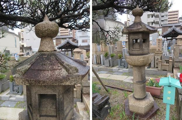専念寺(大阪市中央区)北條三つ鱗入り石灯籠