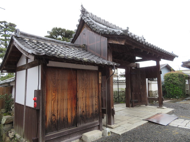 聖衆来迎寺表門(大津市比叡辻)坂本城移築城門