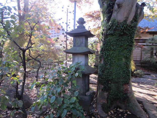 祥雲寺(広尾5丁目)狭山藩北条氏 層塔型仏塔