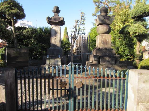 祥雲寺(広尾5丁目)出雲国広瀬藩松平家墓所