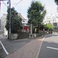 Photos: 豊榮稲荷神社/渋谷城郭?・水堀跡 (渋谷区渋谷3丁目)
