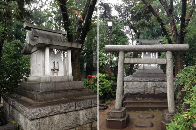 鳩森八幡神社(千駄ヶ谷八幡神社。渋谷区)富士塚