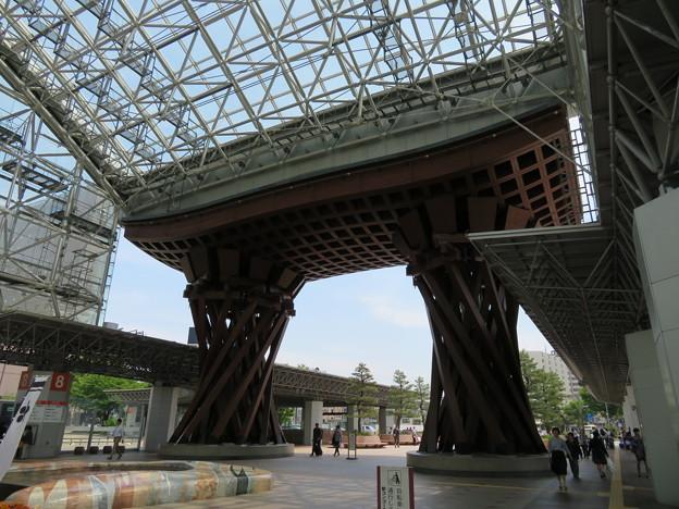金沢駅 鼓門(石川県)