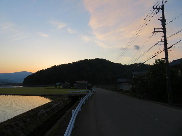 戌山城(大野市)西より