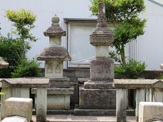 Photos: 総光寺(福井市)丹羽長秀・次男 長正墓