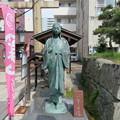 Photos: 北ノ庄城跡/柴田神社(福井市)お市の方像