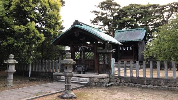 松原神社(敦賀市)中門・本殿