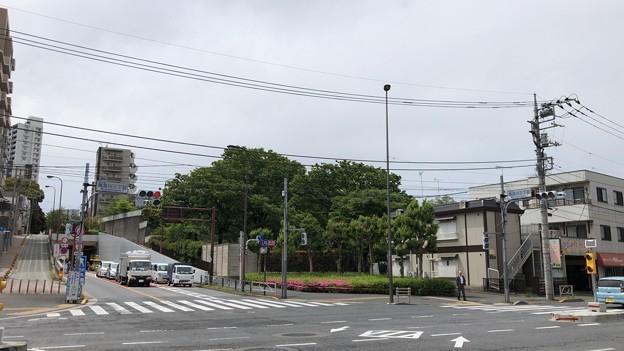 仙台坂 ・海晏寺旧境内南辺(南品川)