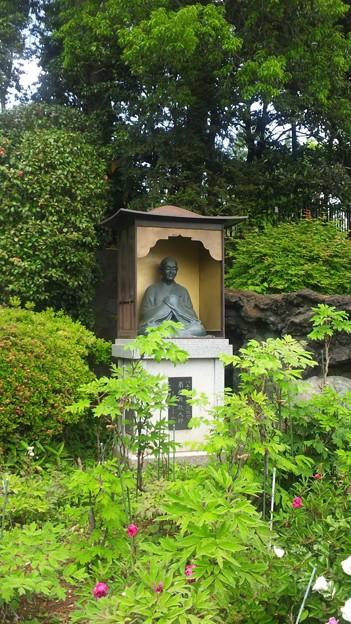 東福寺(中野区江古田)南無興行大師像