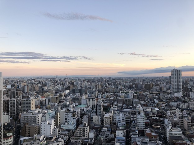 19.09.12.早朝。荒川区から見る埼玉県南東部