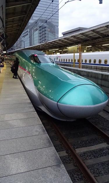 JR東日本東北新幹線E5系「はやぶさ27号」