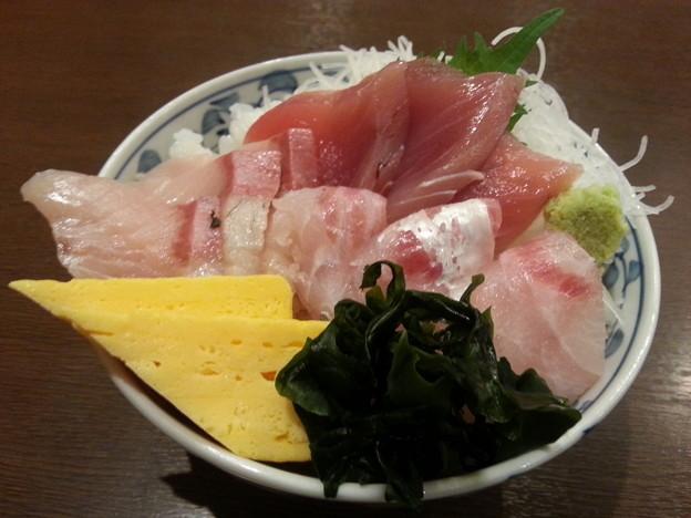 小田原 海舟 地魚3種丼 ご飯大盛り~o(^o^)o
