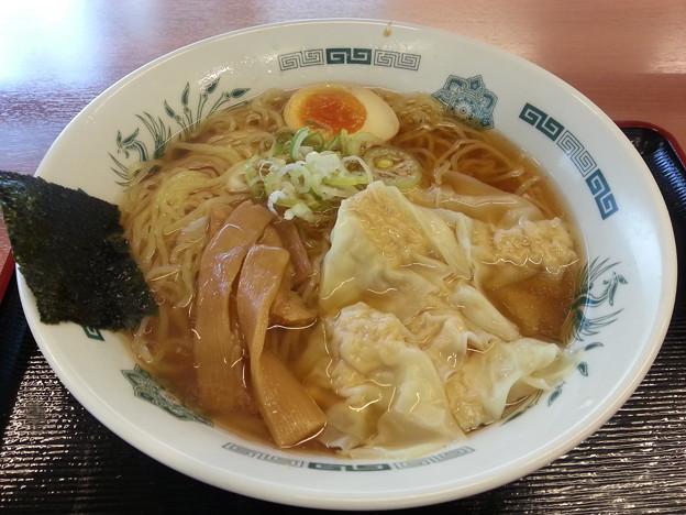 日高屋 ワンタン麺 初めて食べるぞいo(^o^)o