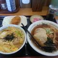 Photos: 山田うどん 親子丼 ラーメンセット&カレーコロッケ