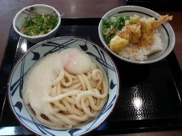 丸亀製麺 とろ玉うどん (冷) ミニ天丼