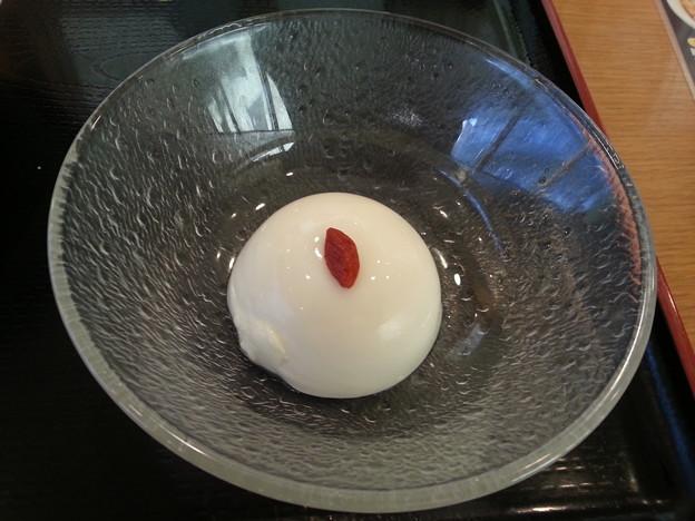 杏仁豆腐 ベリー美味しいデース(*^^*)