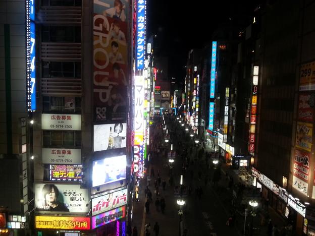 歌舞伎町なう~(  ̄▽ ̄)