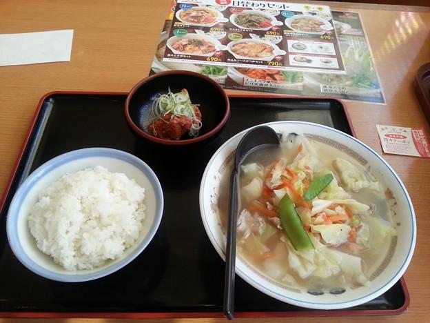 山田うどん タンメン ライス 唐揚げ