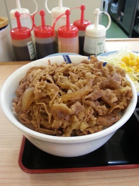 牛丼 特盛初めて食べるo(^o^)o
