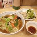 Photos: 餃子の満州 あんかけラーメン 水餃子