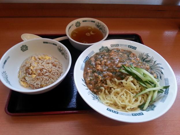 日高屋 カパオ汁なし麺 半チャーハン セット