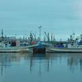 写真: 漁船のシンメトリー
