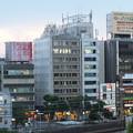写真: 横浜 関内の夕景