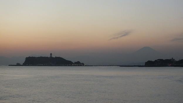 富士山と江の島夕景