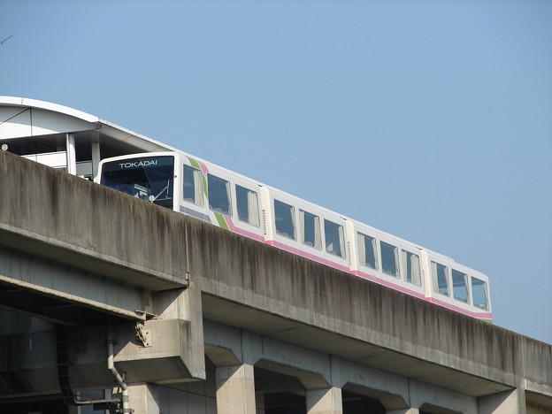桃花台東駅に到着した111F 2006-9-5