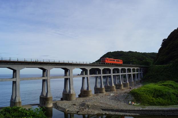 JR西日本 山陰線 宇田郷鉄橋 キハ40