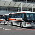 写真: JR西日本 呉線代行バス 奈良交通