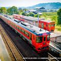 Photos: 発車待ちの2本の列車。