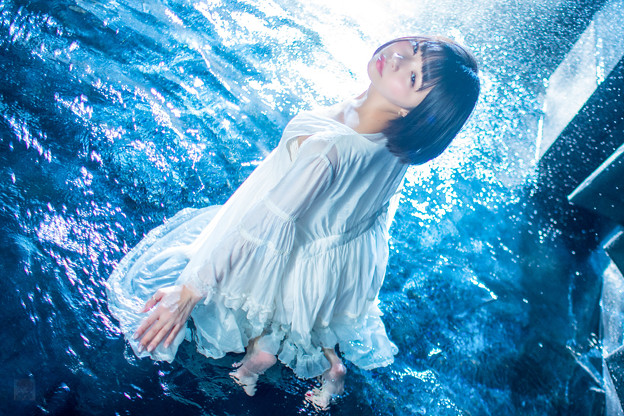写真: Blue Water