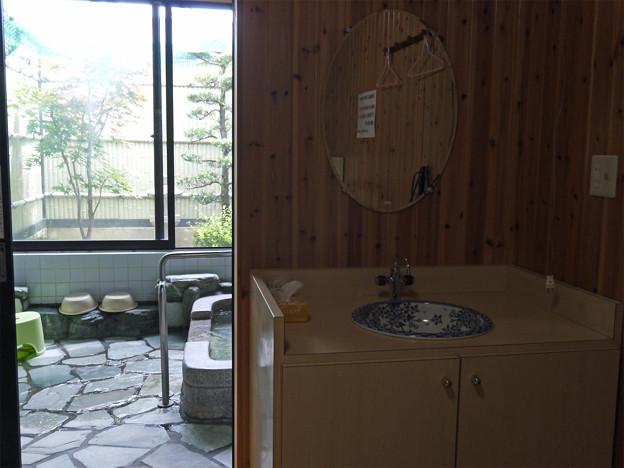 写真: 北方温泉四季の里 七彩の湯 (4)