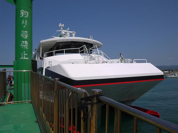 相島 (3) 新宮港のフェリー乗り場