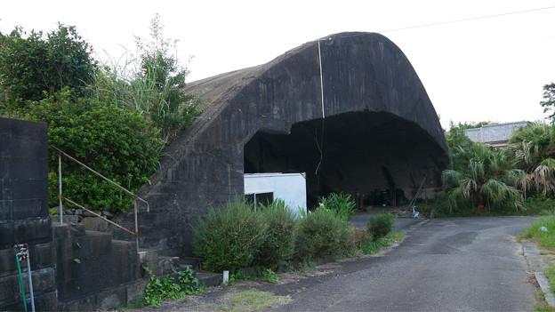 写真: 宮崎市本郷地区の掩体壕 2 (7)