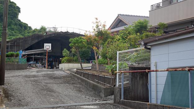 写真: 宮崎市本郷地区の掩体壕 4