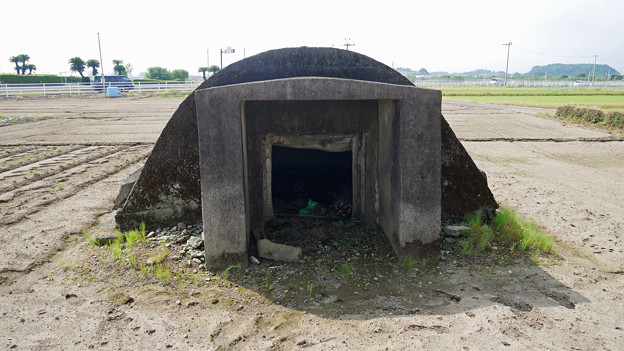 赤江飛行場の弾薬庫跡 (8)