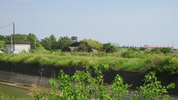 赤江飛行場の掩体壕。のお尻 part3