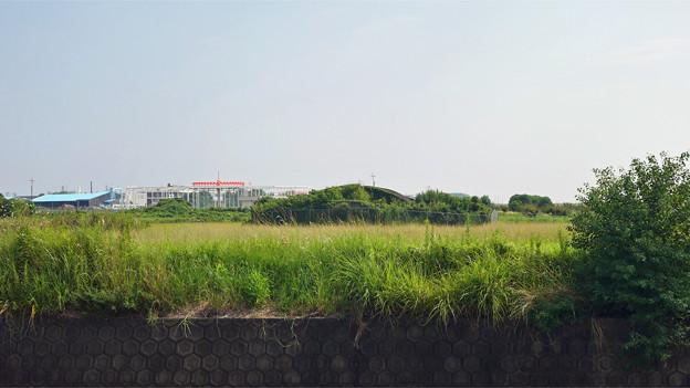 赤江飛行場の掩体壕。のお尻 part2