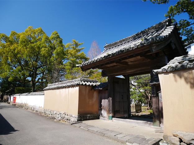 藩校の門 (2)