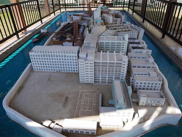 高島 (14) 石炭資料館にある軍艦島の模型