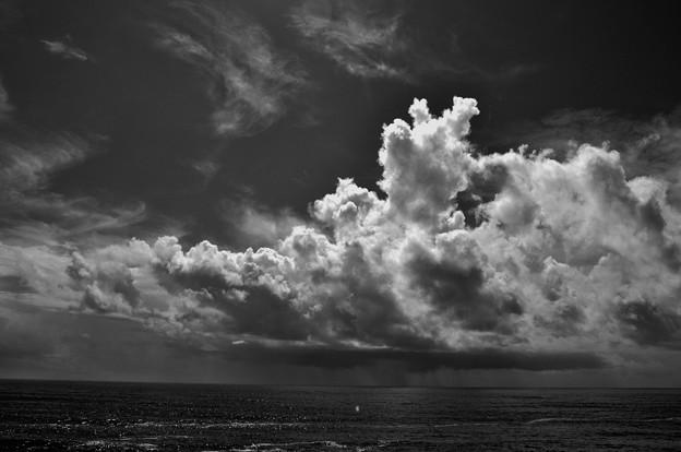 海の雲 夏