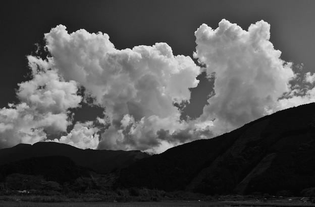 山の雲 夏