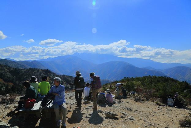 白山白川郷ホワイトロード(4)  三方岩岳 山頂から白山