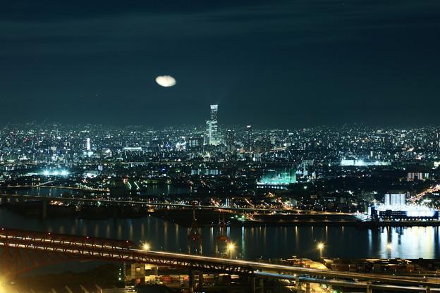 大阪の夜景  UFO?(@_@)