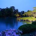 写真: 5月の兼六園 霞ヶ池と唐崎松