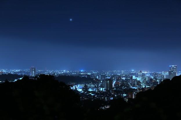 写真: 金沢市の街並みと夜景(1)
