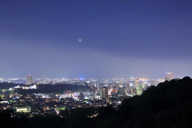 金沢市の街並みと夜景