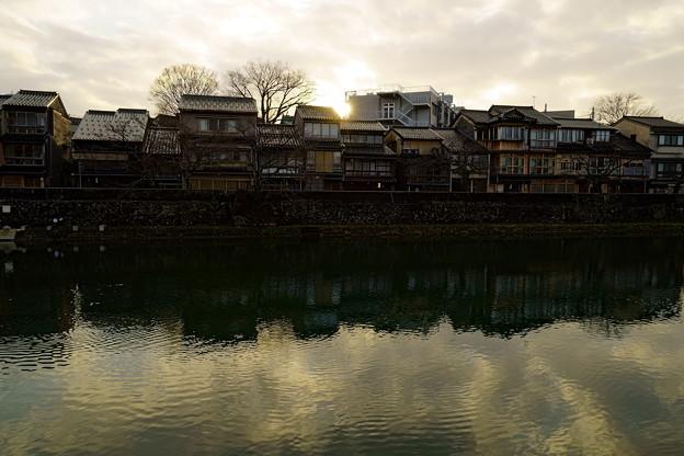 写真: 金沢 夕暮れの主計町茶屋街(2)